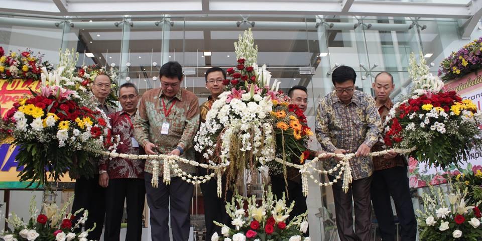 Grand Opening Pavilion 14